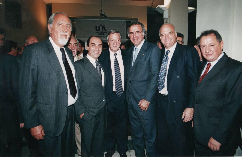Con-dirigentes-de-la-UIA-y-el-presidente-Néstor-Kirchner.-1.jpg